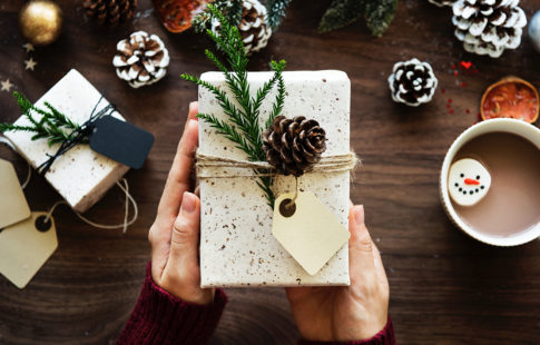 How To Make And Stick To A Holiday Budget