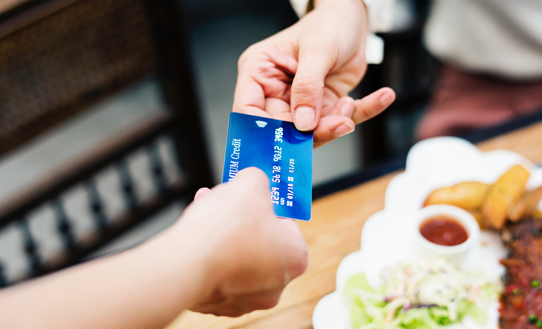 When Are Store Credit Cards Worth It?