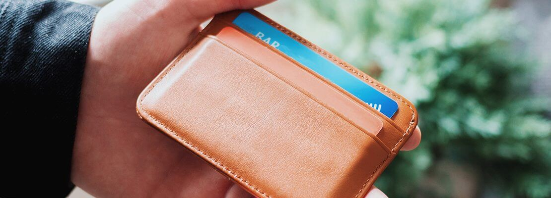 How to Avoid the Unwanted Gift of Holiday Credit Card Interest
