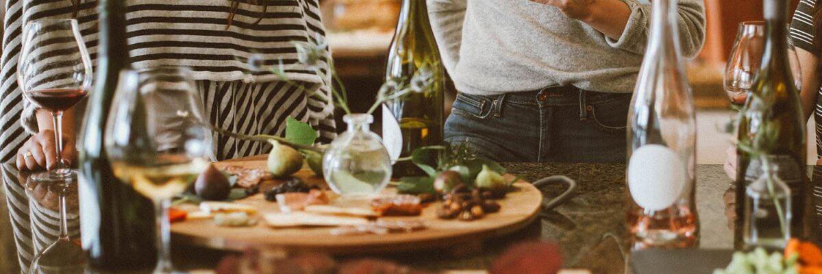 Housewarming Party Ideas For Guaranteed Fun Mr Cooper Blog