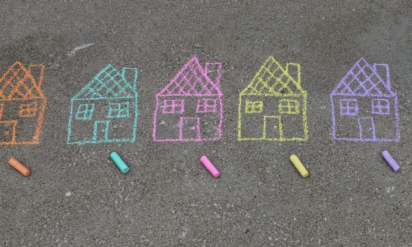 Moving With Kids? Here's What You Need To Know