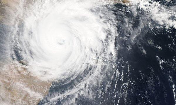 Use This Hurricane Supplies List To Build A Hurricane Survival Kit
