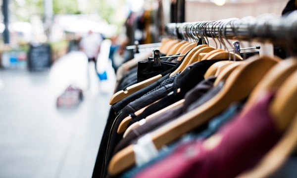 10 Tips For Hosting A Successful Yard Sale
